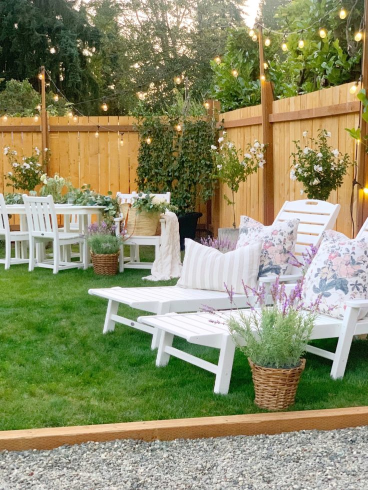 Finding the Perfect Outdoor Dining Table Set