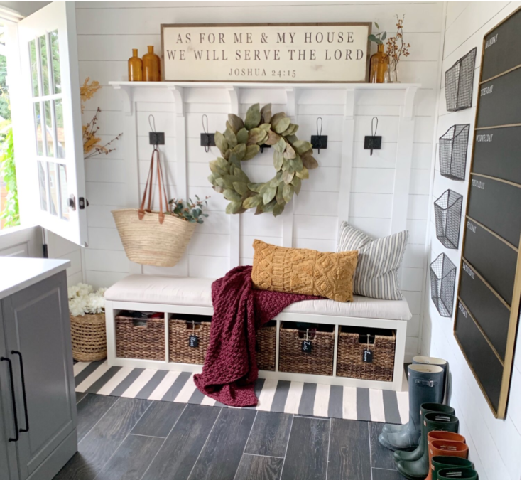How to Add Fall to Different Spaces in Your Home {Mudroom} + A Giveaway