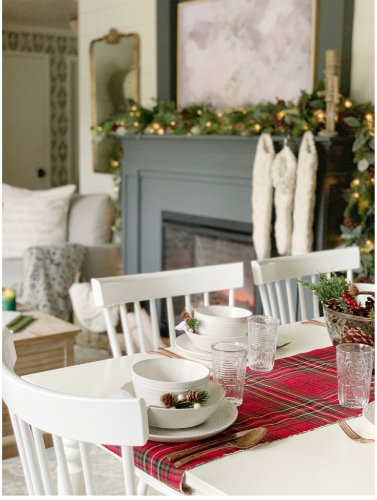My 5 favorite Table Setting Pieces for Christmas