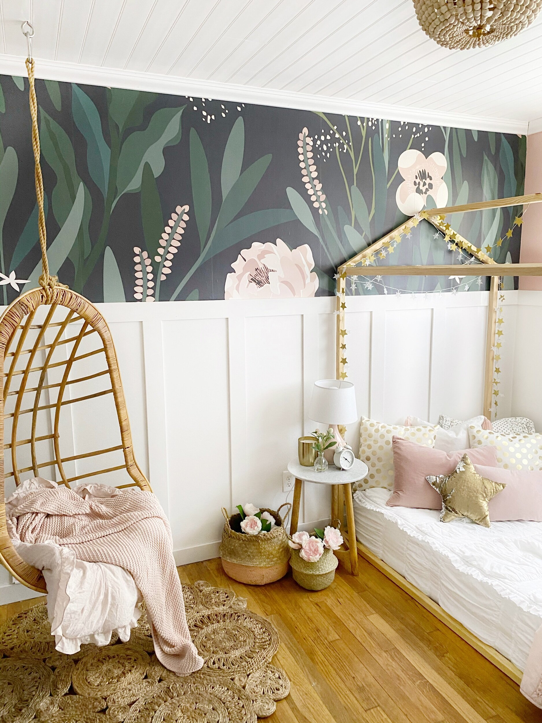Small Space Living Girls Bedroom Ideas How We Transformed This Room Dreaming Of Homemaking