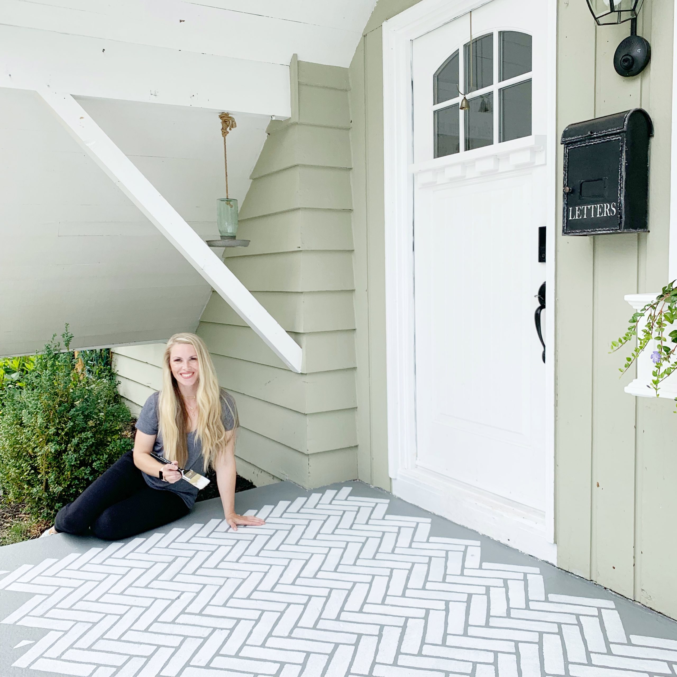 5 Tips for Stenciling a Porch or Large Area